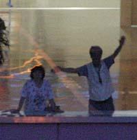 2005-8-19-04